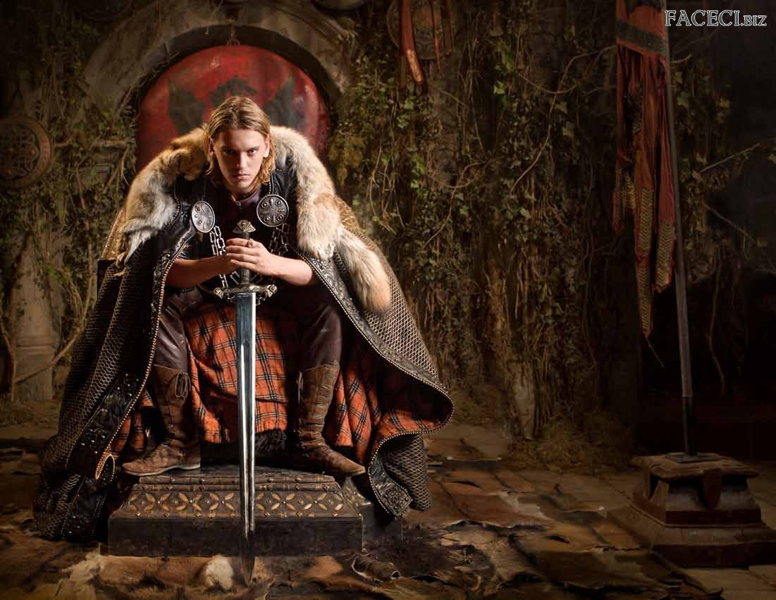 Camelot, Jamie Campbell Bower, Serial, Miecz